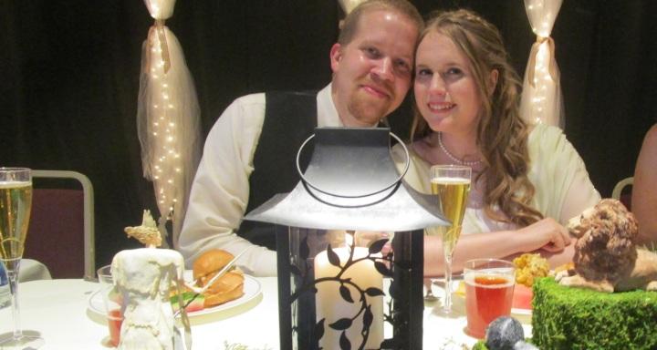 The newlyweds 1500x800